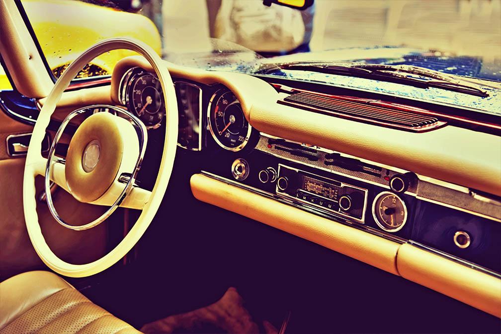 Fragment retro autodashboard vintage stijl